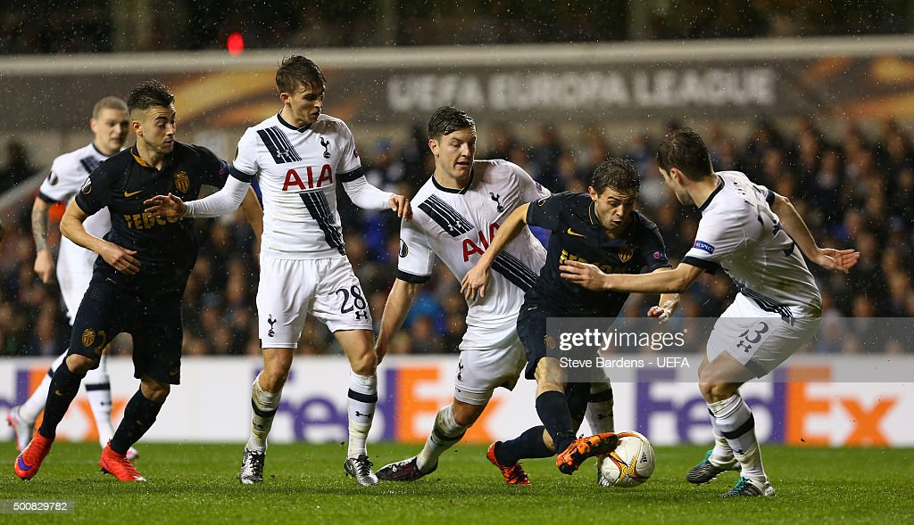 Bernardo Silva of AS Monaco FC takes on the Tottenham Hotspur FC defence during the UEFA Europa League group J match between Tottenham Hotspur FC and AS Monaco FC at White Hart Lane on December 10, 2015 in London, United Kingdom.
