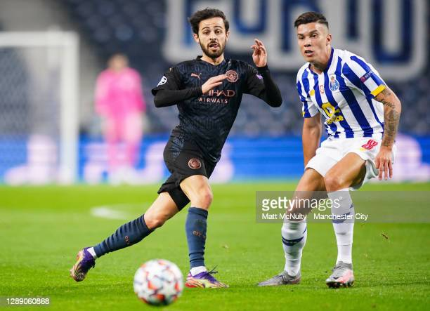 Bernardo Silva of Manchester City in action during the UEFA Champions League Group C stage match between FC Porto and Manchester City at Estadio do...