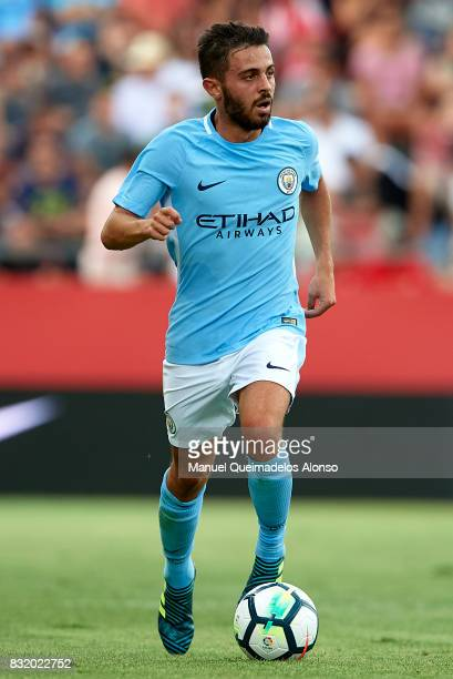 Bernardo Silva of Manchester City runs with the ball during the preseason friendly match between Girona and Manchester City at Municipal de Montilivi...