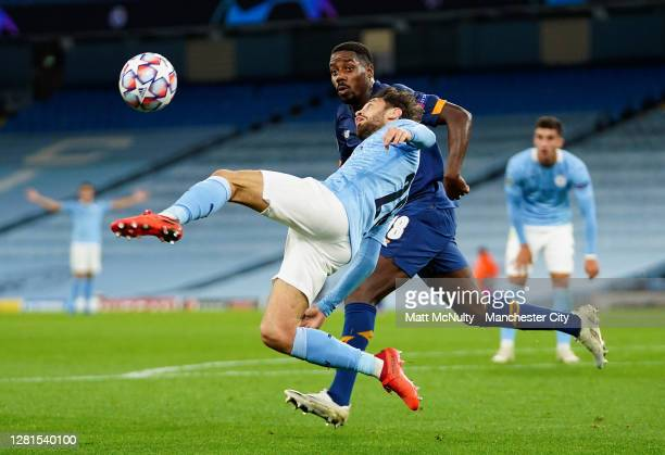 Bernardo Silva of Manchester City stretches for the ball during the UEFA Champions League Group C stage match between Manchester City and FC Porto at...