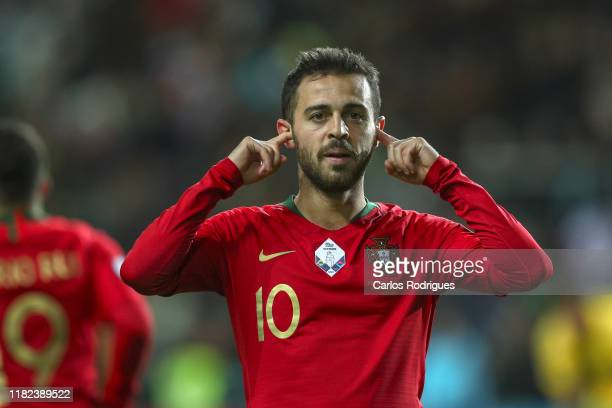 Bernardo Silva of Portugal and Manchester City celebrates scoring Portugal fifth goal during the UEFA Euro 2020 Qualifier between Portugal and...