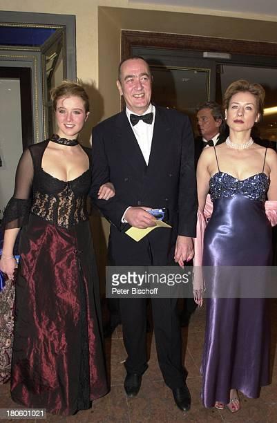 Bernd Eichinger Tochter Nina Lebensgefährtin Corinna Harfouch Deutscher Filmball 2002 Hotel Bayerischer Hof München Bayern Deutschland Europa...