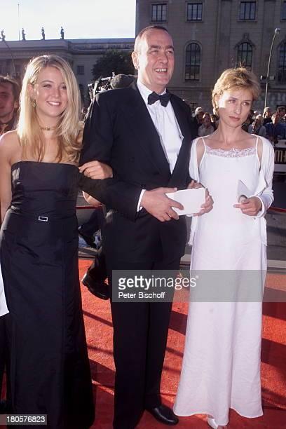 Bernd Eichinger Tochter Nina Lebensgefährtin Corinna Harfouch Verleihung vom Deutschen Filmpreis 2001 Berlin