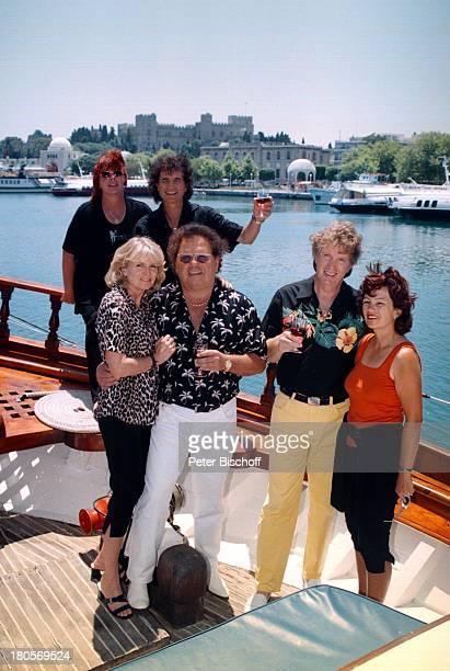 Bernd Hengst Ehefrau Edith ManfredDurban Ehefrau Helene Olaf Malolepski Ehefrau Sonja Rhodos/Griechenland Urlaub ZDFShowSegelschiff Schiff Weinglas...