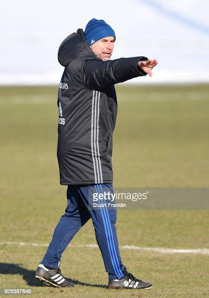 Bernd Hollerbach head coach of Hamburg points during a the training session of Hamburger SV at Volksparkstadion on February 28 2018 in Hamburg Germany
