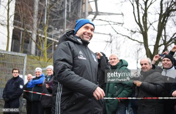 Bernd Hollerbach new head coach of Hamburger SV looks on during a training session of Hamburger SV at Volksparkstadion on January 22 2018 in Hamburg...