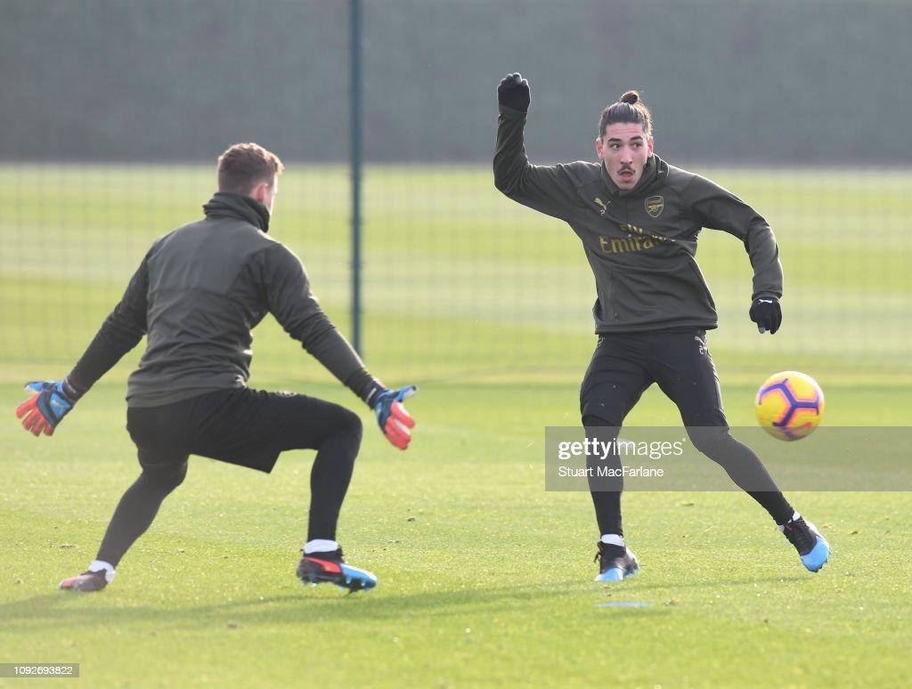 Arsenal Training Session : News Photo