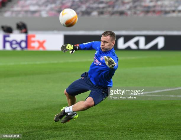 Bernd Leno of Arsenal during the warm up before the UEFA Europa League Round of 32 match between Arsenal FC and SL Benfica at Karaiskakis Stadium on...