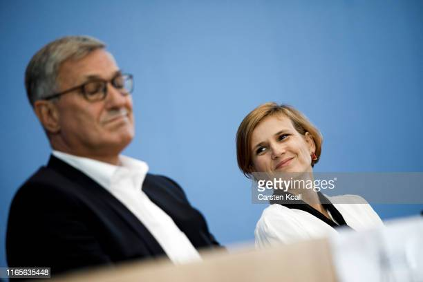 Bernd Rixinger , co-chairman of the German left-wing party Die Linke, and Katja Kipping , co-chairwoman of the German left-wing party Die Linke,...