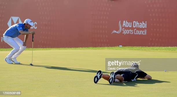 Bernd Wiesberger of Austria lines up a birdie putt on the 18th hole during the final round of the Abu Dhabi HSBC Championship at Abu Dhabi Golf Club...