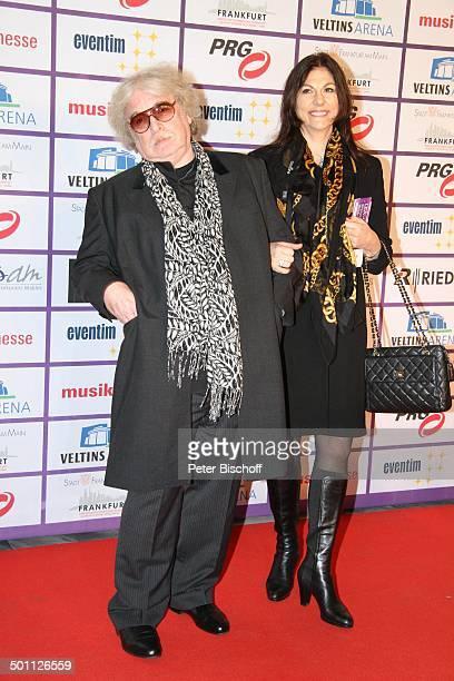 Bernhard Paul Ehefrau Eliana 8 Verleihung PRG Live Entertainment Award Festhalle Frankfurt/Main Hessen Deutschland Europa Roter Teppich...