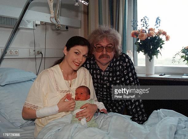 Bernhard Paul mit Ehefrau Eliana Paul undTochter Lilian Krankenhaus