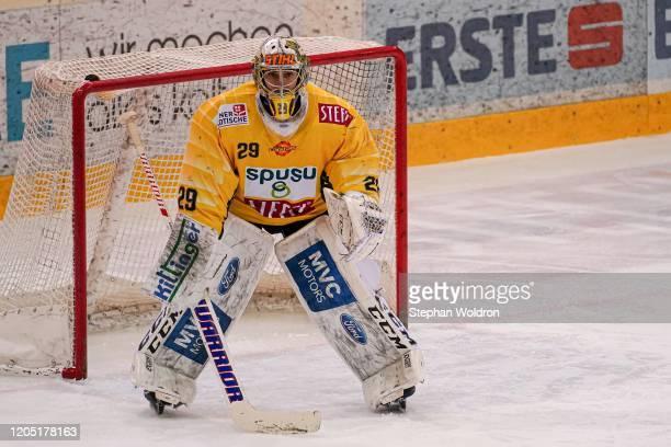 Bernhard Starkbaum of Vienna during the Vienna Capitals v Graz99ers - Erste Bank Eishockey Liga Play-Offs Quarterfinal Game 1 at Erste Bank Arena on...