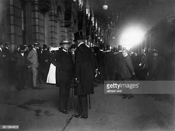 Bernhard von Bülow German statesman Chancellor of the German Empire 1900-1909 Bülow talking to his successor as chancellor, Theobald von Bethmann...
