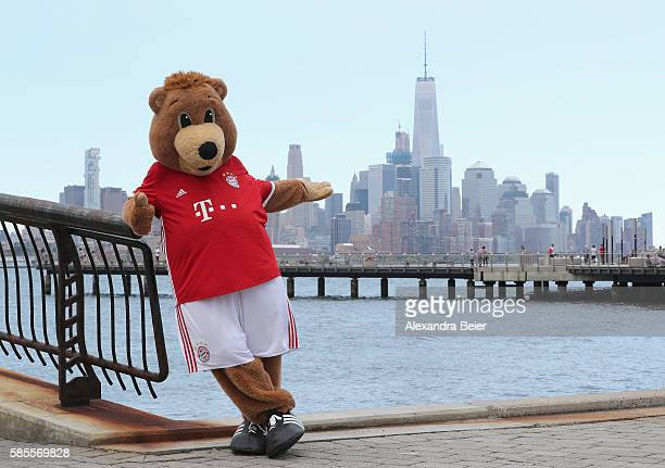 Berni mascot of FC Bayern Muenchen poses in front of New York's skyline during the AUDI Summer Tour USA 2016 on August 3 2016 in Hoboken United States