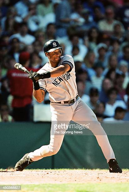 Bernie Williams of the New York Yankees during the game against the Boston Red Sox at Fenway Park on September 10 2000 in Boston Massachusetts