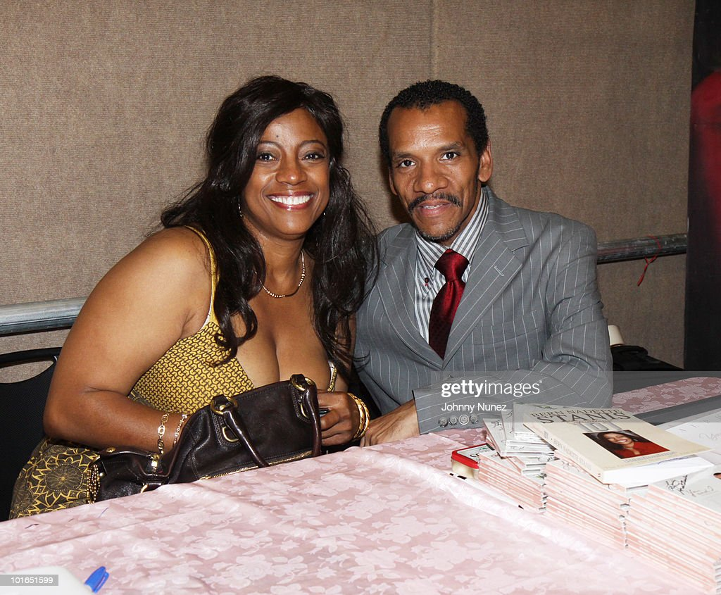 2009 Essence Music Festival Presented By Coca-Cola - Day 1 : News Photo