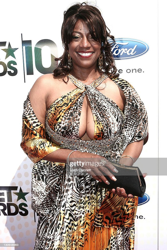 BET Awards '10 - Arrivals : News Photo
