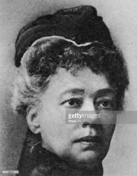 Bertha von Suttner Austrian novelist and pacifist