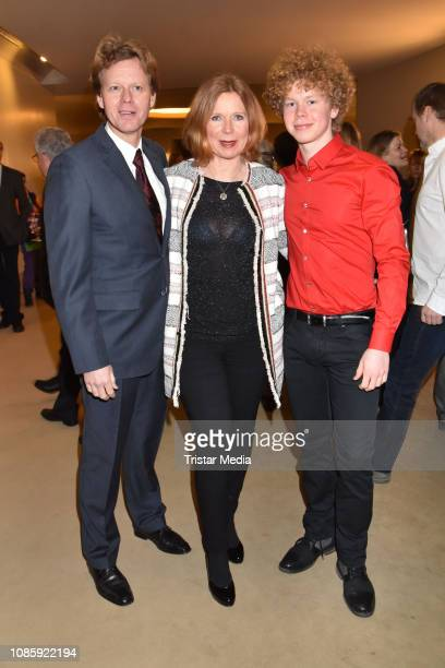 Berthold Manns, Marion Kracht, Tizian Kracht during the 'Hase Hase' theatre premiere at Komoedie am Kurfuerstendamm at Schillertheater on January 20,...