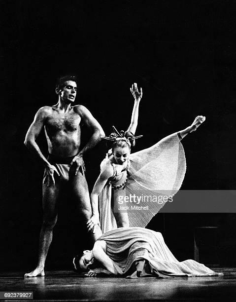 Bertram Ross Martha Graham and Ethel Winter as Aphrodite performing 'Phaedra' in 1962
