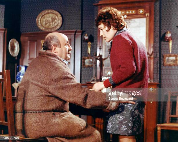Bertrand Blier and Annie Girardot on the set of Elle boit pas elle fume pas elle drague pasmais elle cause directed by Michel Audiard