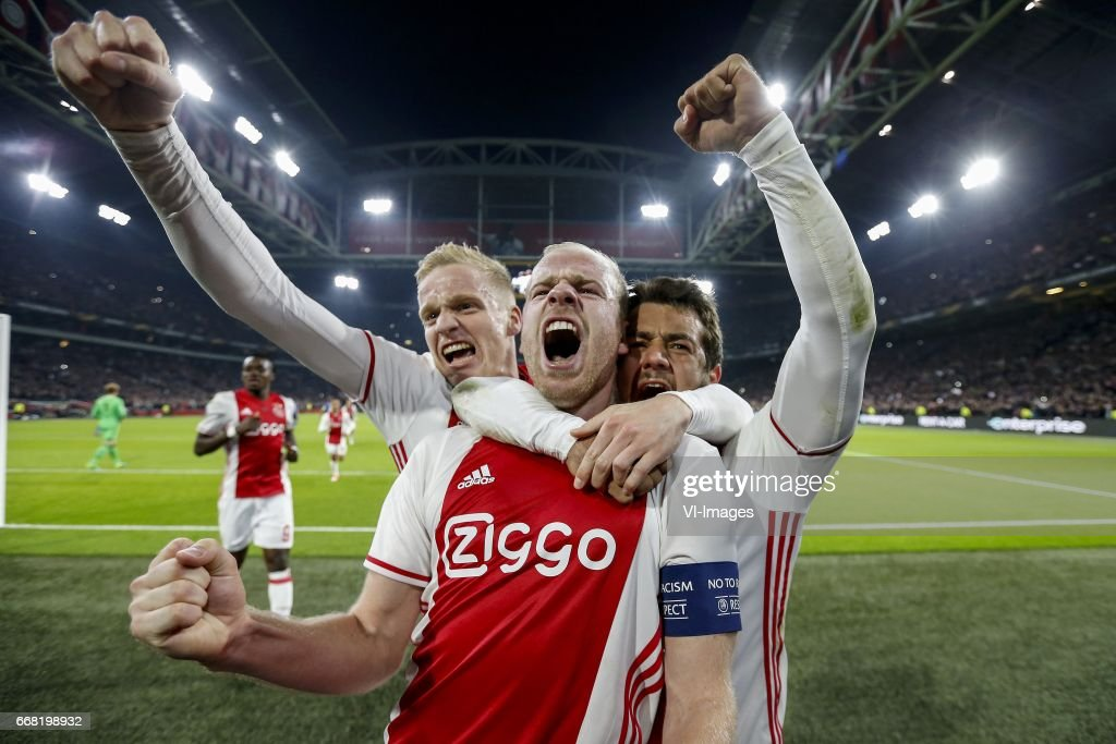 Bertrand Traore of Ajax, Donny van de Beek of Ajax, Davy Klaassen of Ajax, Amin Younes of Ajaxduring the UEFA Europa League quarter final match between Ajax Amsterdam and FC Schalke 04 at the Amsterdam Arena on April 13, 2017 in Amsterdam, The Netherlands