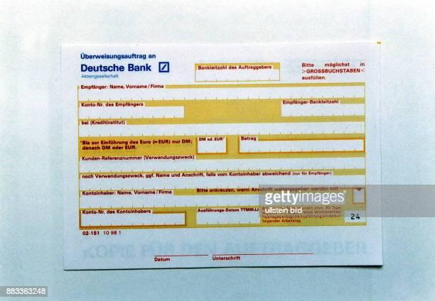 Überweisungsauftrag der Deutschen Bank Im Feld Währung kann DM oder Euro eingetragen werden 1999