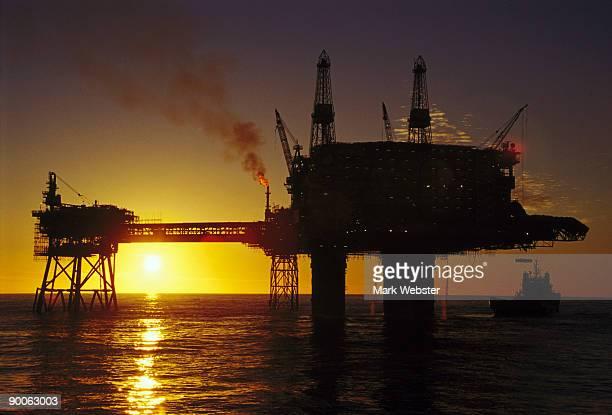 beryl alpha platform - north sea stock photos and pictures