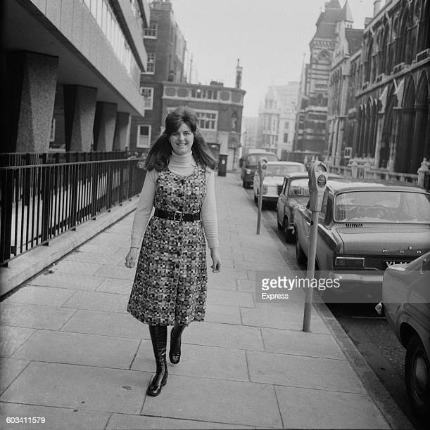 Beryl Marvin the first wife of musician Hank Marvin outside the Royal Courts of Justice in London during their divorce UK 19th February 1971