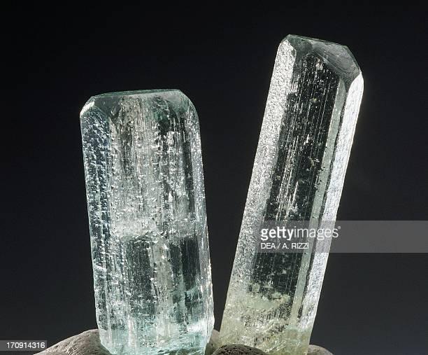 Beryl silicate