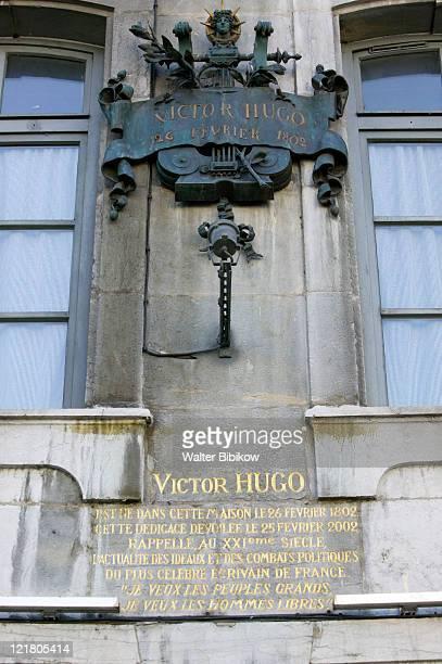 besancon, birthplace of writer victor hugo - 名作 発祥の地 ストックフォトと画像