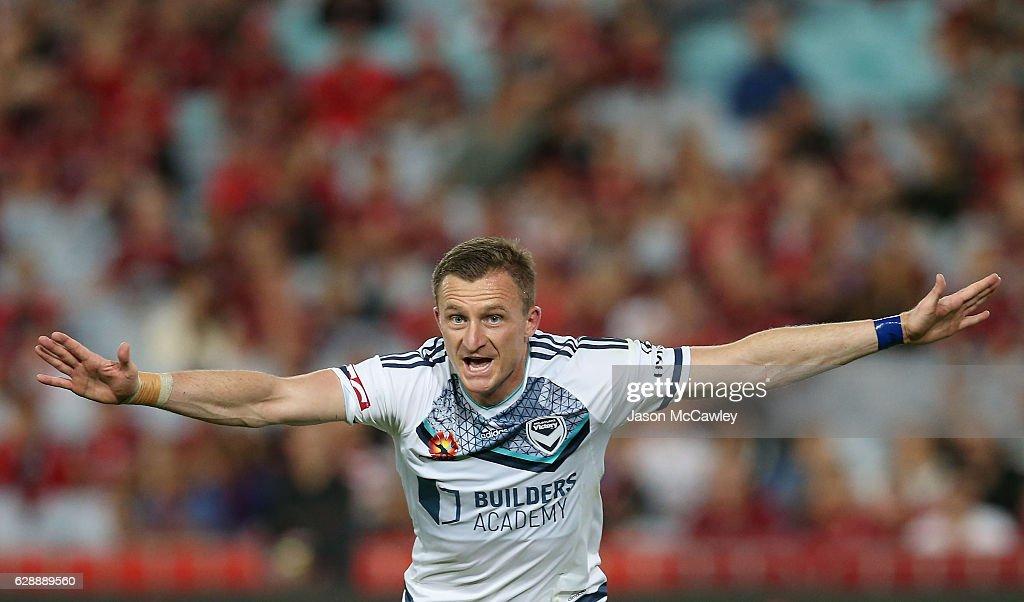 A-League Rd 10 - Western Sydney v Melbourne