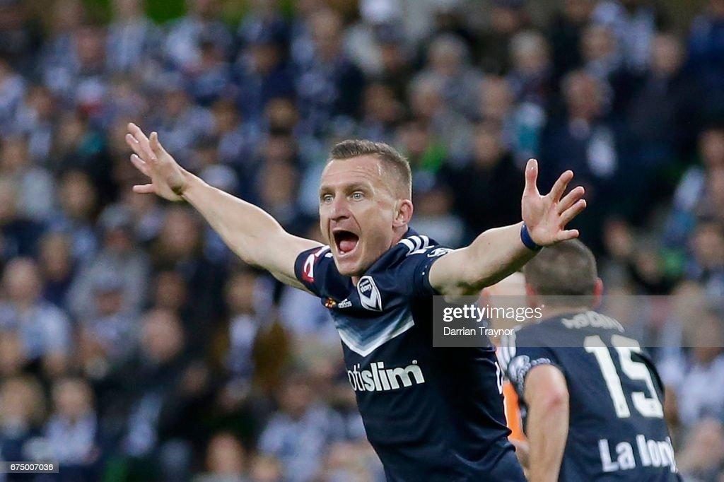 A-League Semi Final - Melbourne v Brisbane