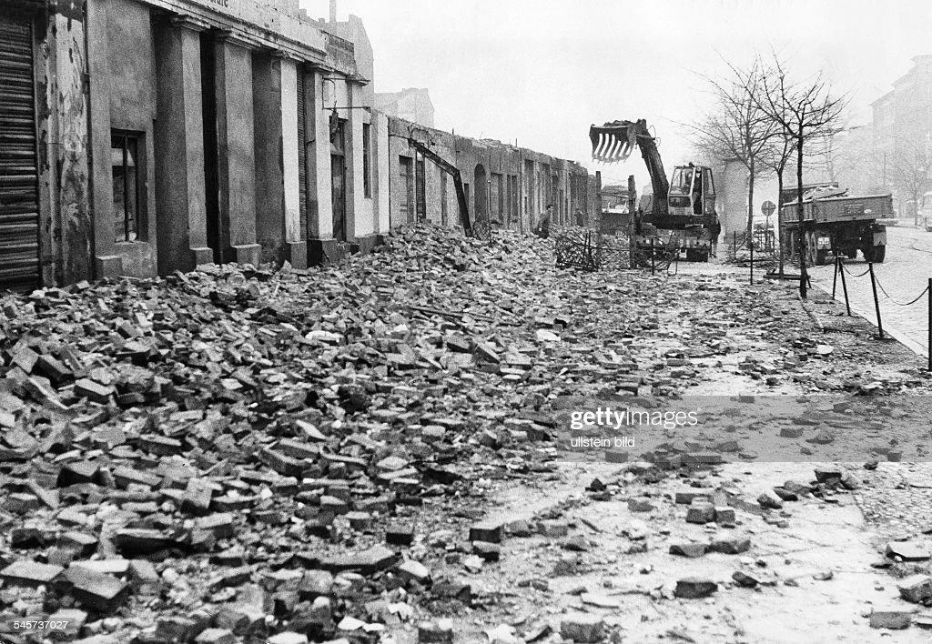 Berlin Mauer Bernauer Strasse : News Photo