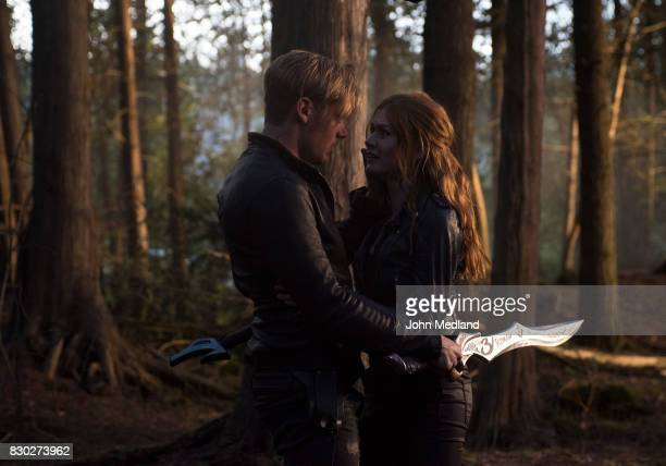Beside Still Water - Shadowhunters are divided as Alec and Isabelle battle a swarm of demons attacking the city, as Jace and Clary must head to make...