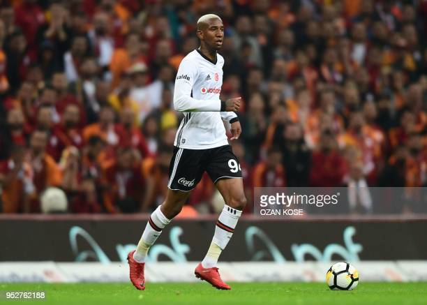 Besiktas' Brazilian midfielder Anderson Talisca controls the ball during the Turkish Spor Toto Super league football match between Galataray and...