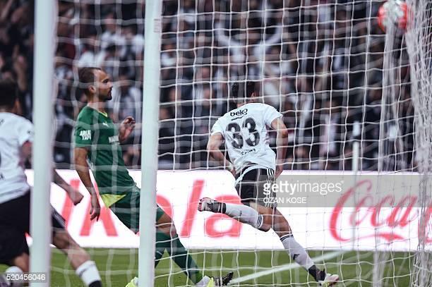 Besiktas' German forward MArio Gomez celebrates after scoring a goal against Bursaspor during the Turkish Spor Toto Super league football match...