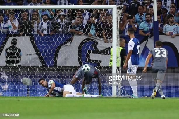Besiktas' midfielder Talisca score a goal during the FC Porto v Besiktas UEFA Champions League Group G round one match at Dragao Stadium on September...