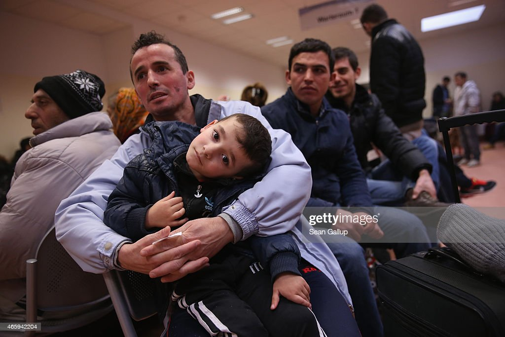 Germany Expects More Refugees In 2015 : News Photo