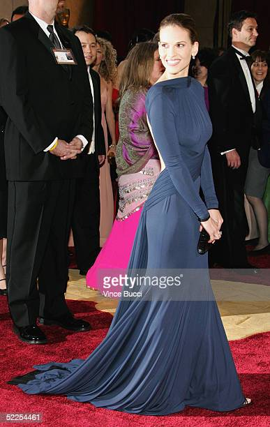 Best Actress in a Leading Role winner Hilary Swank arrives at the 77th Annual Academy Awards at the Kodak Theater on February 27 2005 in Hollywood...