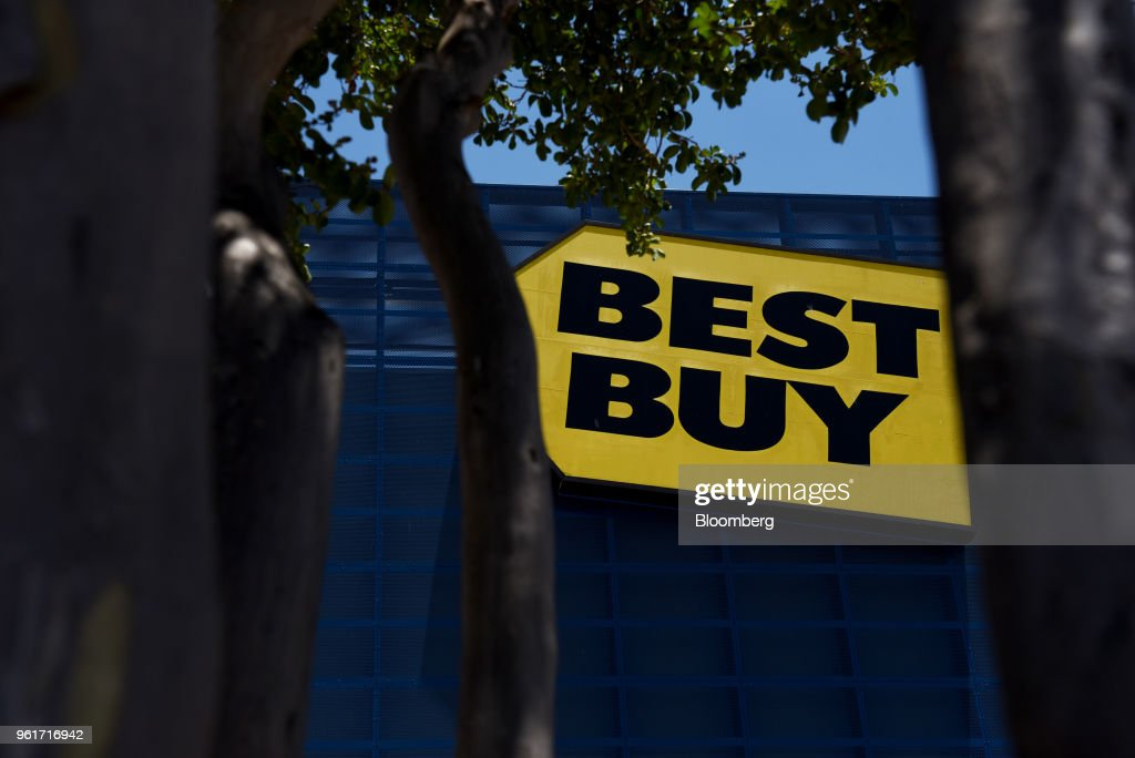 Inside A Best Buy Co. Store Ahead Of Earnings Figures