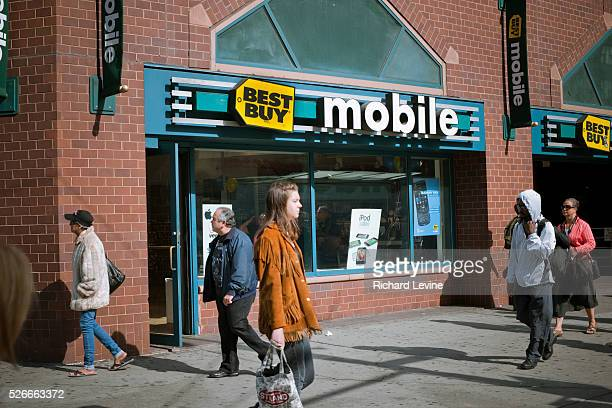 Best Buy mobile phone store in Union Square in New York on Monday, October 18, 2010. Best Buy reported that weak mobile phone sales had impacted its...