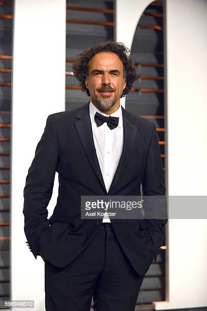 Best Director winner Alejandro Gonzalez Iñárritu attends the 2015 Vanity Fair Oscar Party hosted by Graydon Carter at the Wallis Annenberg Center for...