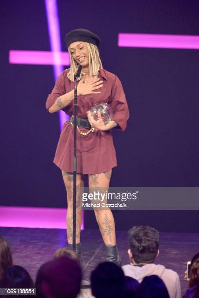 'Best Female Artist' award winner Nura speaks on stage at the 1Live Krone radio award at Jahrhunderthalle on December 6 2018 in Bochum Germany