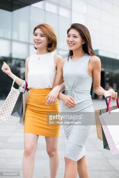 Best female friends shopping