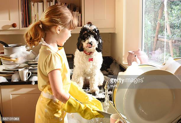 best friends do the dishes - kids with cleaning rubber gloves stock pictures, royalty-free photos & images
