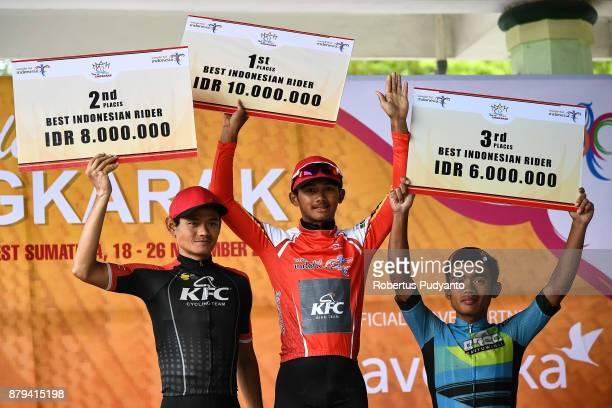 Best Indonesian Riders winners silver medalist Agung Ali Sahbana of KFC Cycling Team Indonesia gold medalist Jamal Hibatullah of KFC Cycling Team...