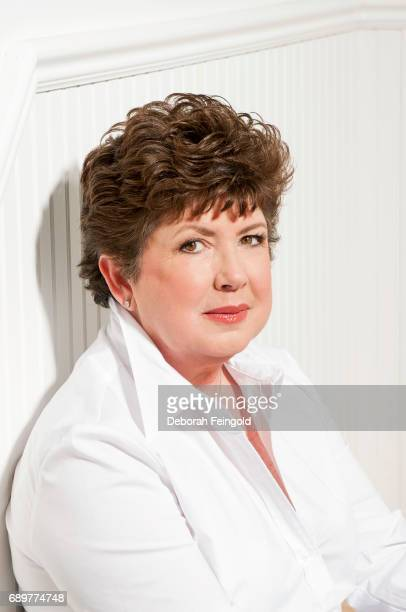 Best selling fiction author Mary kay Andrews poses for a portrait in 2005 in New York City New York