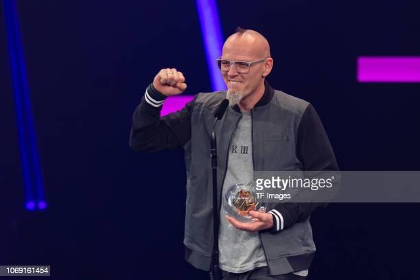 'Best Single' award winner Thomas D of Die Fanstatischen Vier speaks on stage at the 1Live Krone radio award at Jahrhunderthalle on December 6 2018...